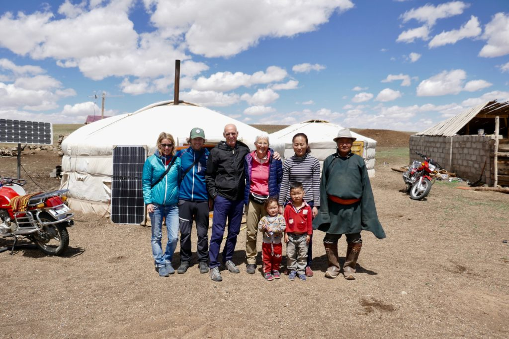Besuch bei einer Nomadenfamilie