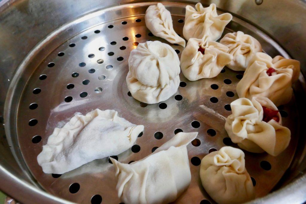 """Dinner mit """"selbstgemachten"""" Mongolischen Teigtaschen"""