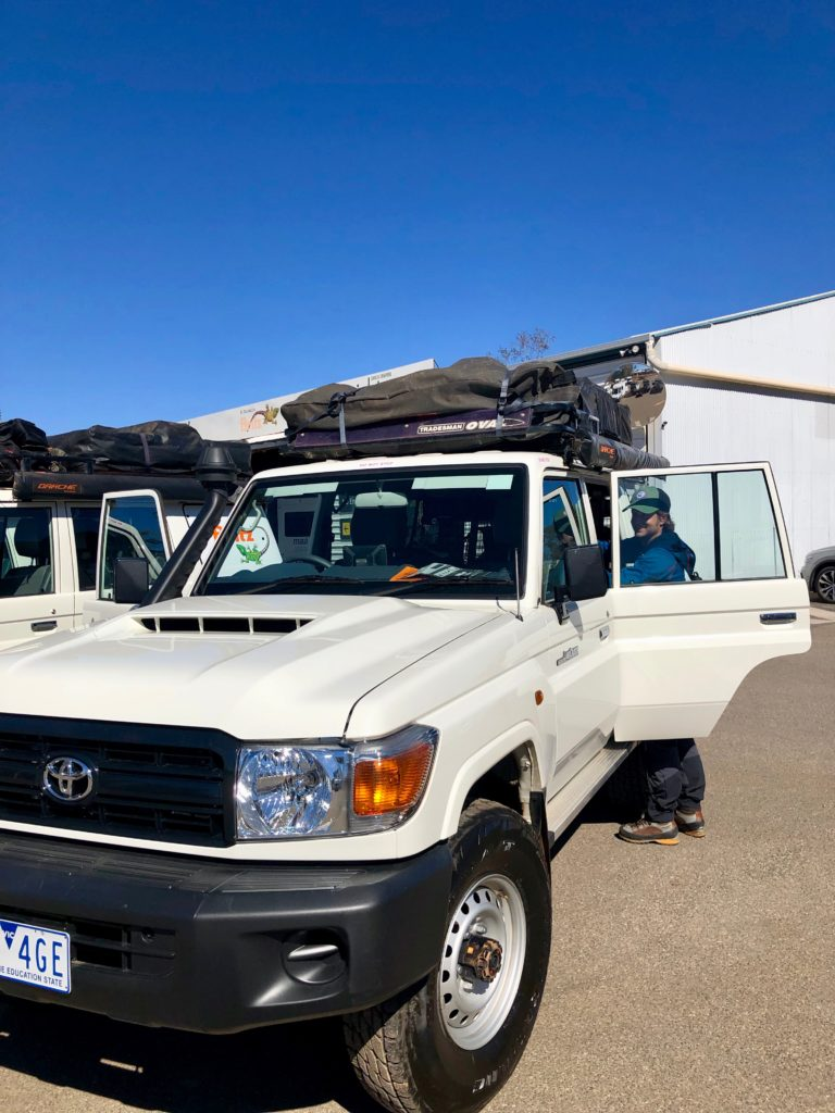 Fahrzeugübergabe in Alice Springs