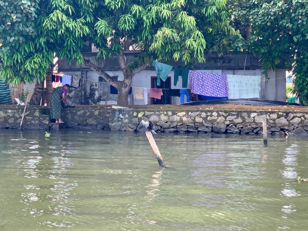Waschaktion im Kanal