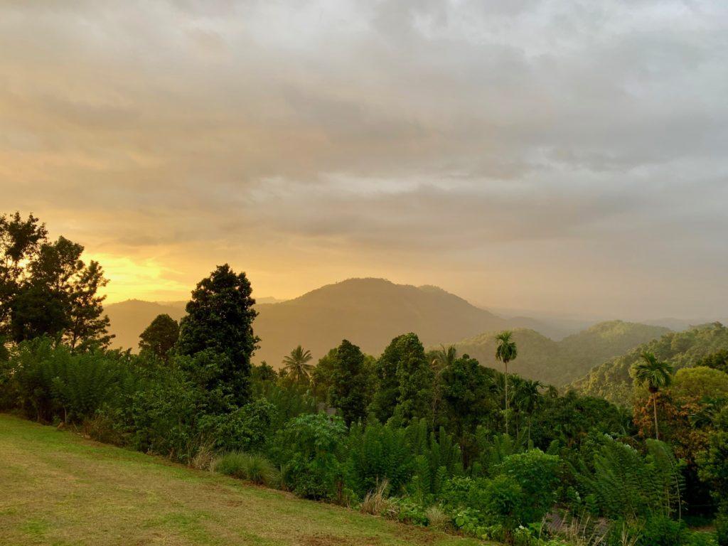 Dämmerung bei Kandy