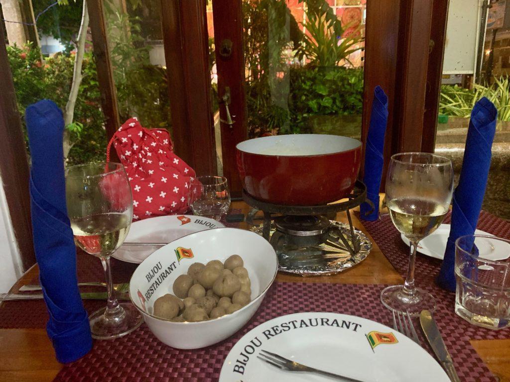 Fondue im Bijou Restaurant Negombo