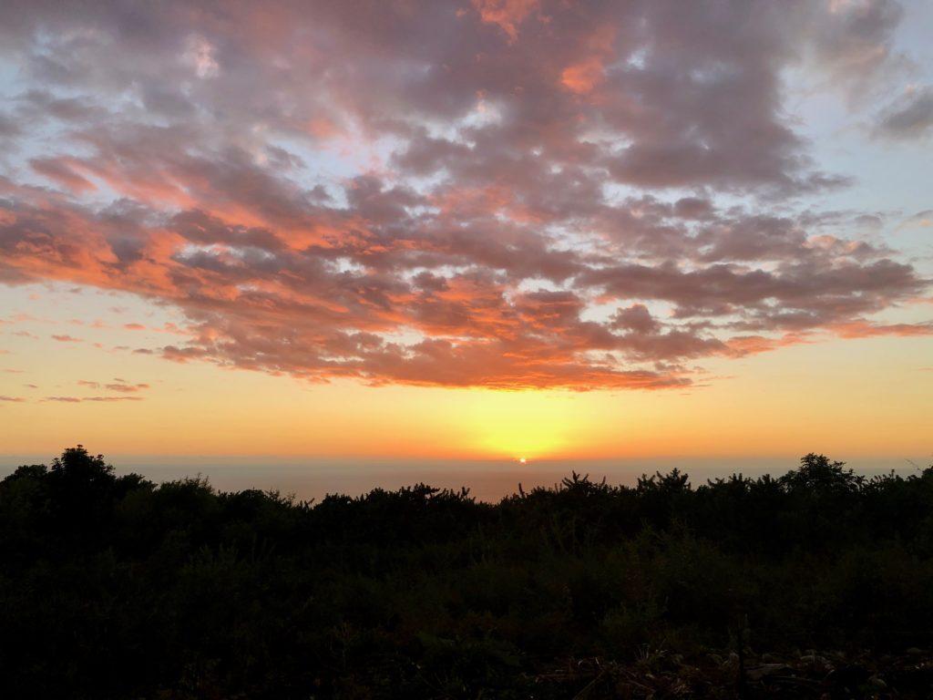 Sonnenuntergang von unserer Terrasse aus (Captain Cook)