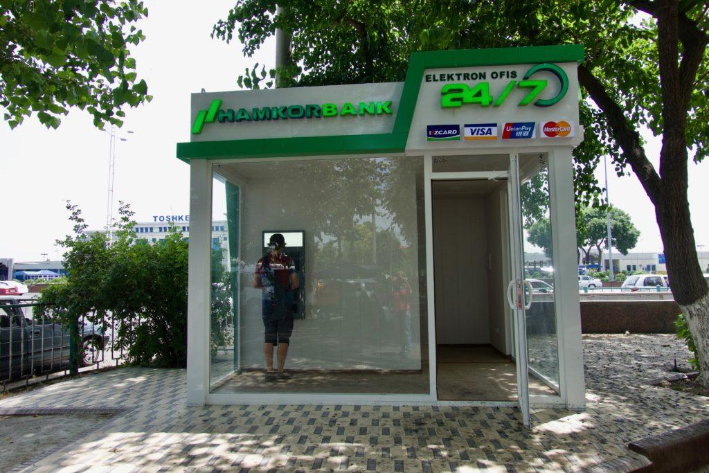 Erfolgloser Bankautomatbesuch in Tashkent