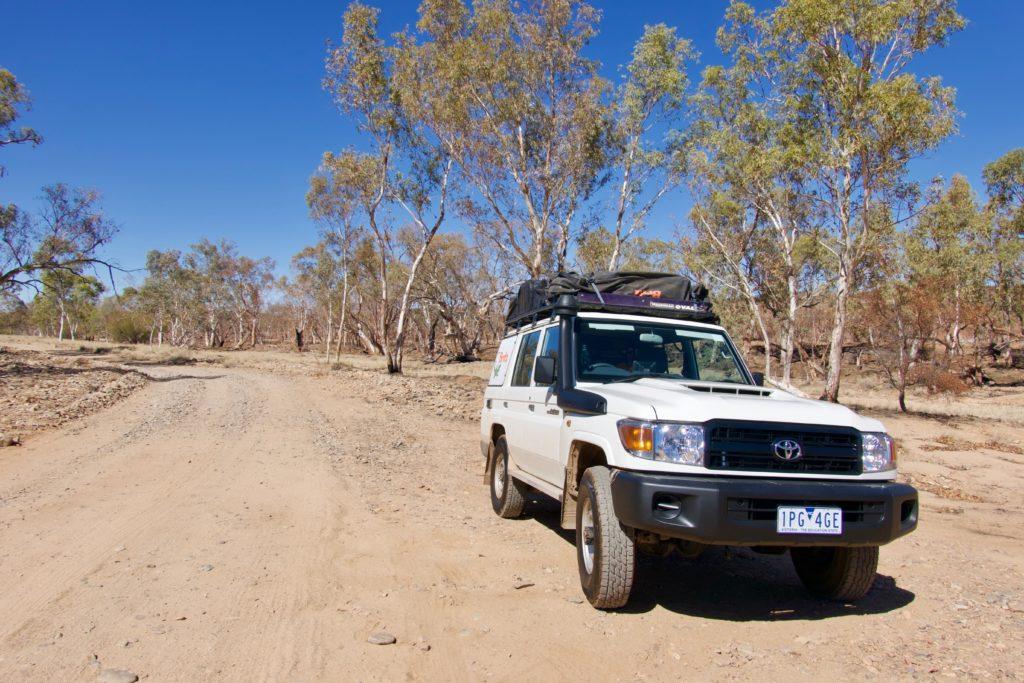 Toyota Land Cruiser 70 im Outback