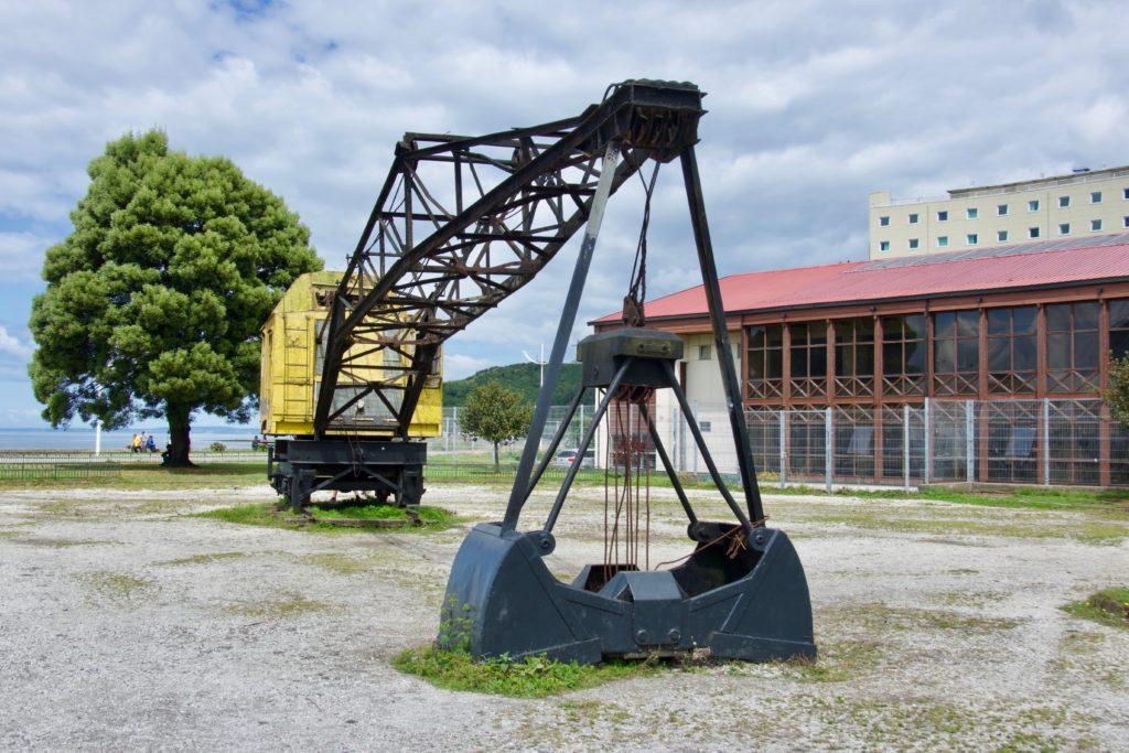 Bergbau-Museumsstücke in Downtown Puerto Montt