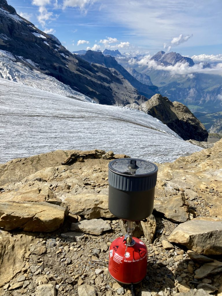 Tea-Time beim Blüemlisalpgletscher